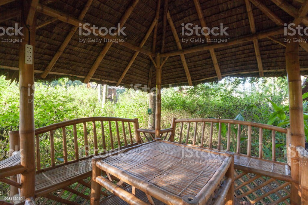 Photo libre de droit de Grande Maison De Jardin En Bois Avec ...