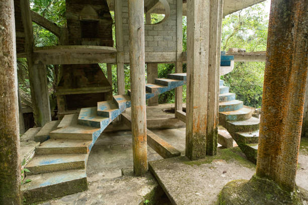 Las Pozas also known as Edward James Gardens in Mexico May 18, 2014 Xilitla, Mexico: Las Pozas also known as Edward James Gardens as well, with concrete structures blending in to vegetation in the most Northern jungle of the country nowadays a tourist destination san luis potosi stock pictures, royalty-free photos & images