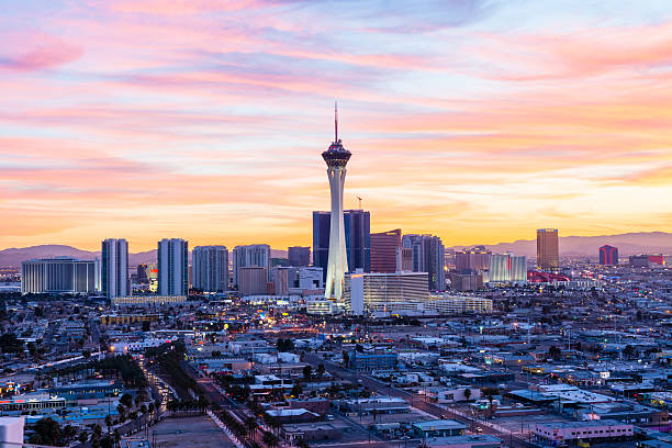 las vegas skyline - stratosphere stock pictures, royalty-free photos & images