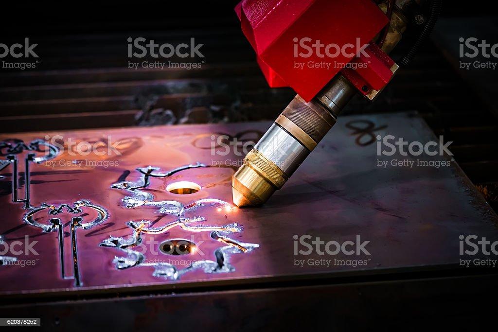 CNC Laser plasma cutting of metal, modern industrial technology. foto de stock royalty-free