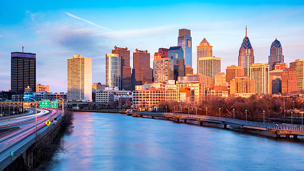 late afternoon in philadelphia - philadelphia skyline stock photos and pictures