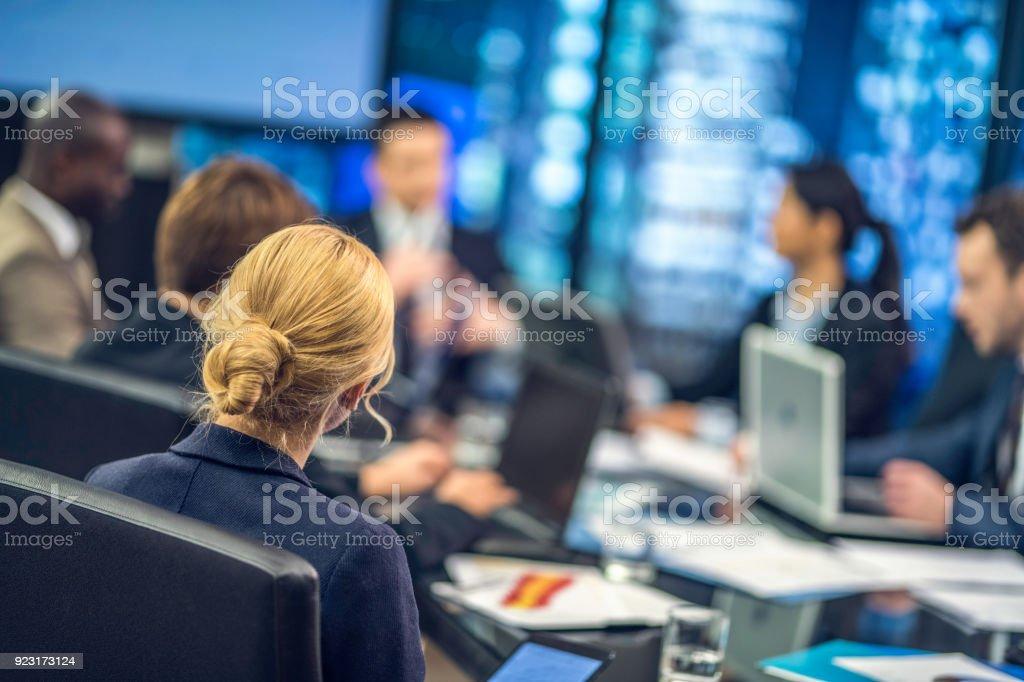 Späte Geschäft Tagung – Foto
