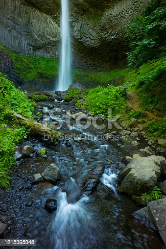 Waterfall along the Columbia River Gorge in Oregon, USA