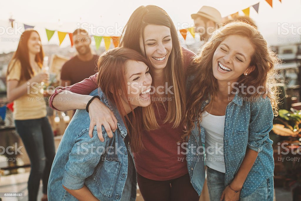 Laughing girlfriends on a party – Foto