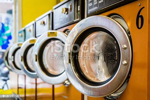 istock Laundromat Washing machines 913777206