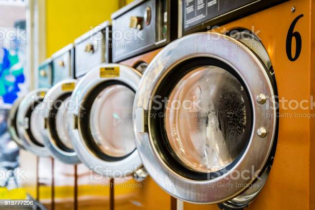 Laundromat washing machines picture id913777206?b=1&k=6&m=913777206&s=612x612&h=wzjp0hns2o2wexjwsr2igh60 nju0mta2ghevda7owc=