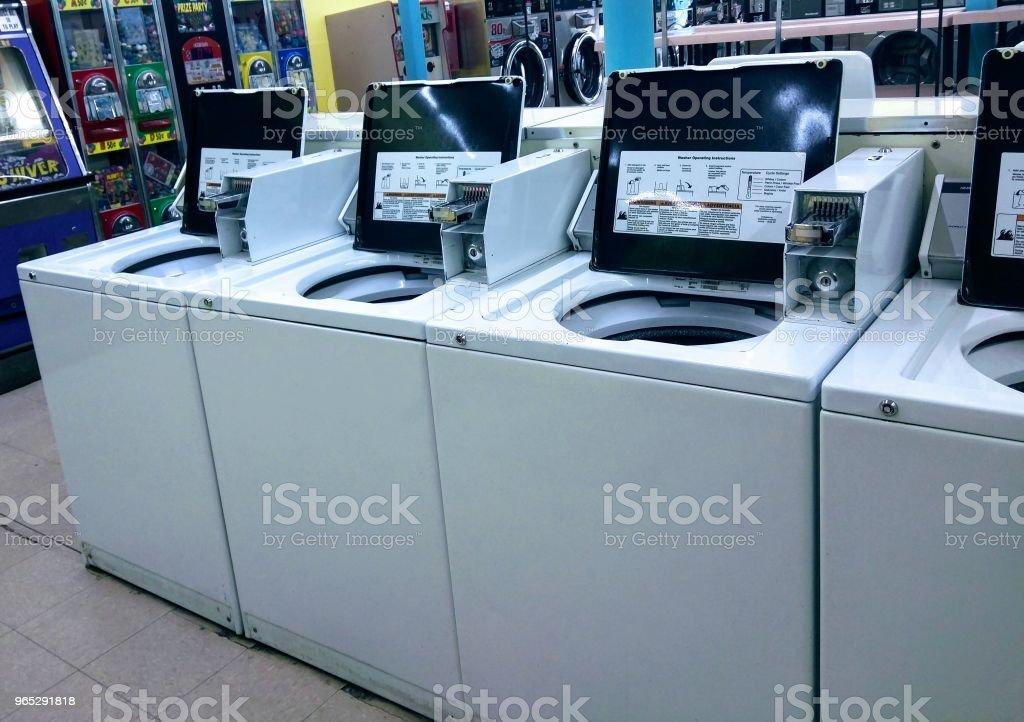 Laundry Mat Washing Machines zbiór zdjęć royalty-free