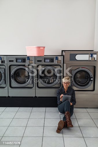 istock Laundry missions with the help of technology 1144527076