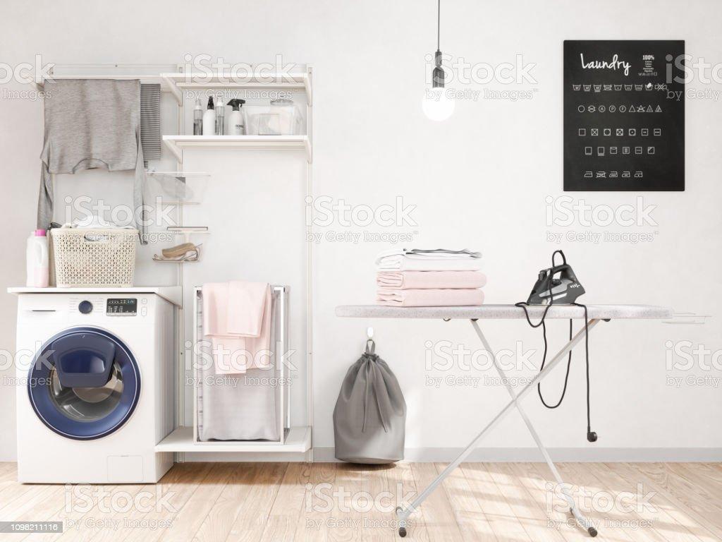 Waschküche mit Waschmaschine, Bügeleisen, Bügelbrett – Foto
