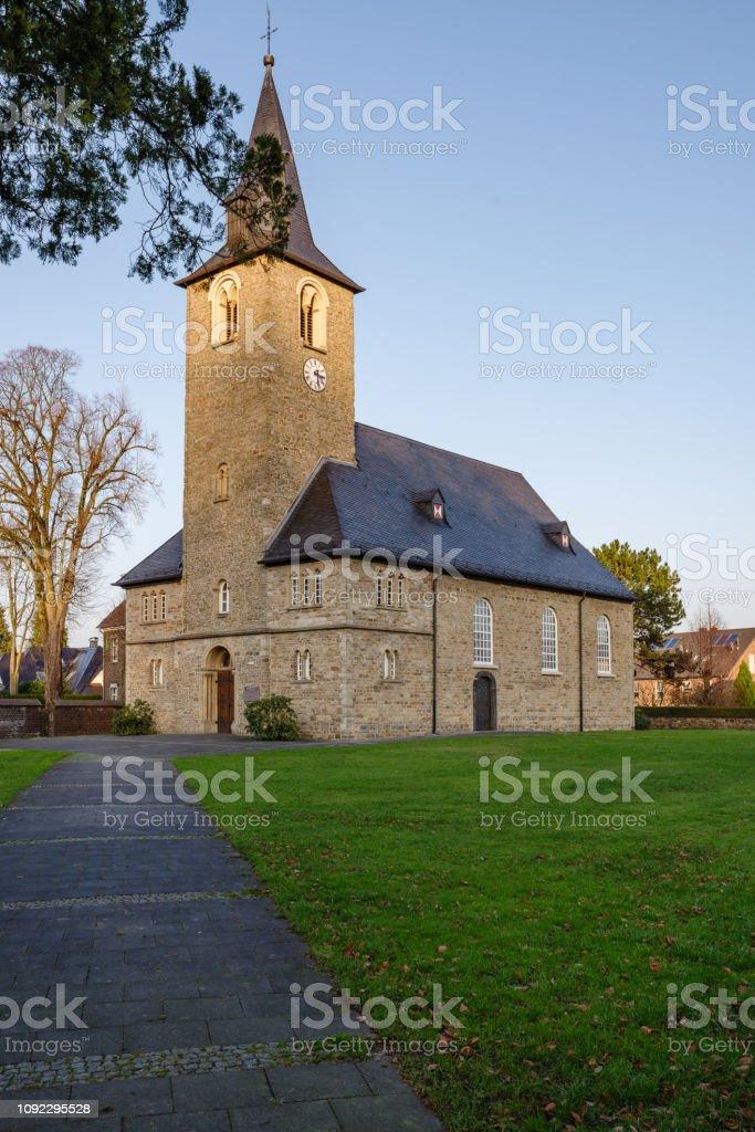 Laurentius Kirche, Mintard – Foto