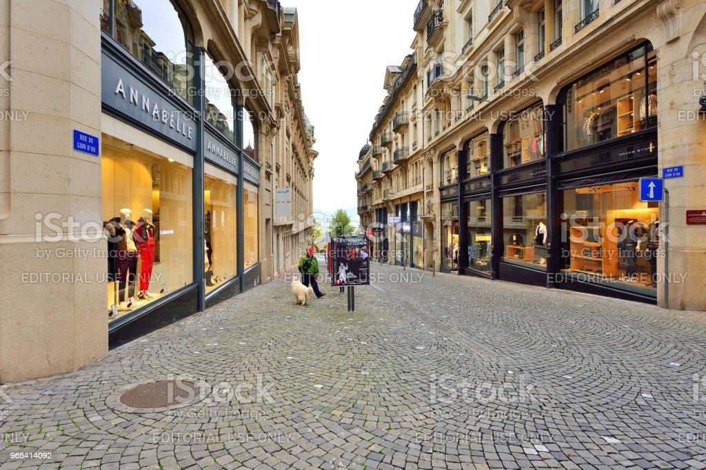 로잔의 구시가 도보 거리, 스위스 - 로열티 프리 거리 스톡 사진