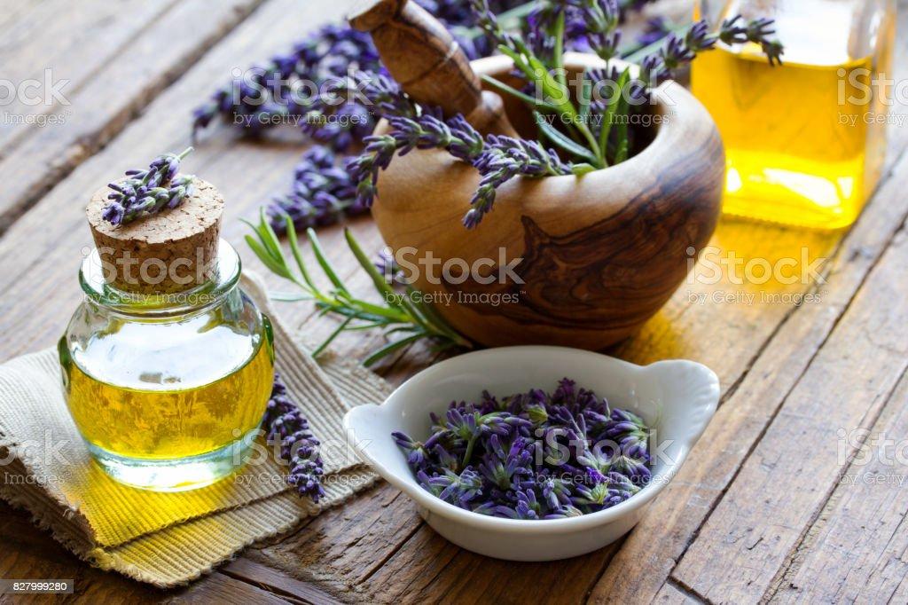 Lavendelöl stock photo