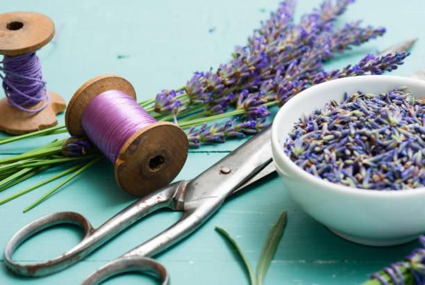 Lavendelkranz macht Heimwerker-Projekt – Foto