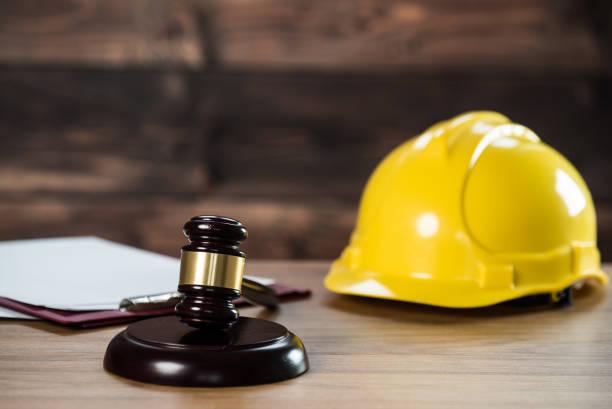 Concepto de Derecho y Justicia Ley de Construcción. Tema de la ley laboral. - foto de stock