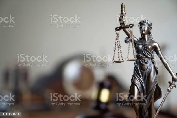 법과 정의 테마 0명에 대한 스톡 사진 및 기타 이미지