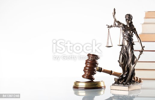 istock law symbols isolated 841361246