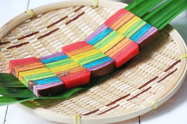 layered cake or 'kek lapis sarawak' - pandan składnik zdjęcia i obrazy z banku zdjęć
