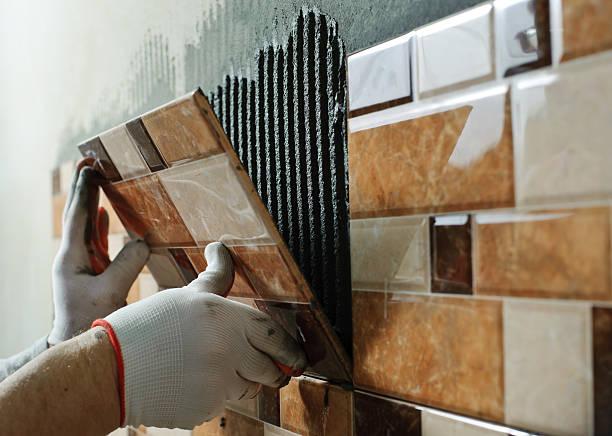 definimos de cerâmica. - banheiro estrutura construída - fotografias e filmes do acervo