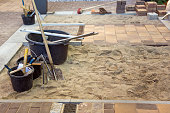 Laying of paving stones
