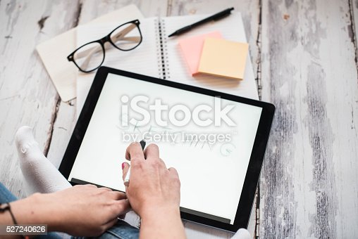 istock Layout sketch on digital tablet 527240626