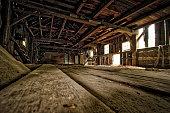 Vieux moulin abandonné au Canada