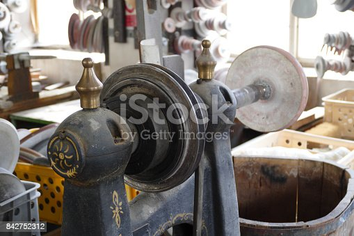 istock lead glass grinding 842752312