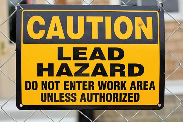 lead avertisseur de danger - plomb en métal photos et images de collection