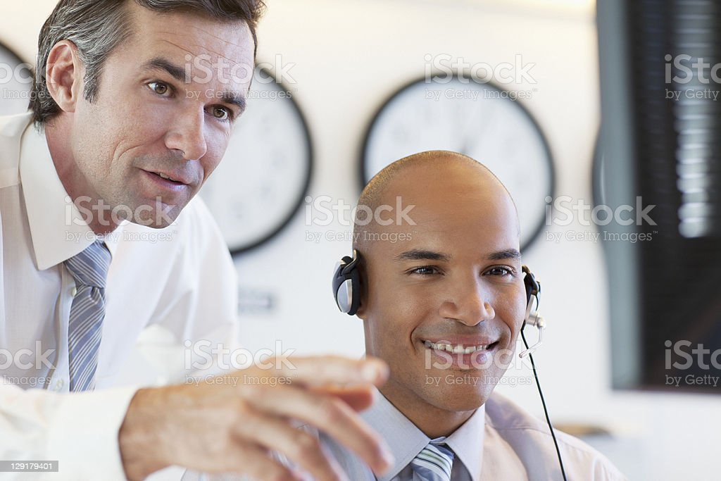 Leader guiding customer service representative