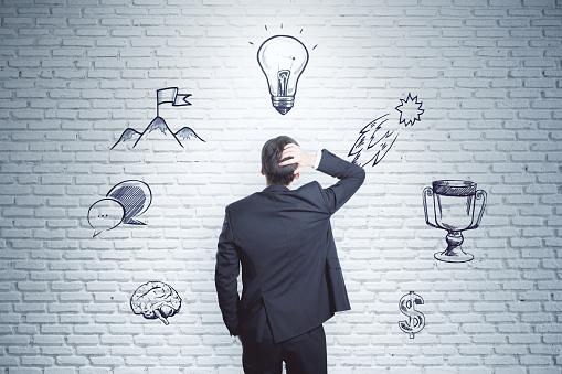 Leiderschap En Financiën Concept Stockfoto en meer beelden van Bakstenen muur