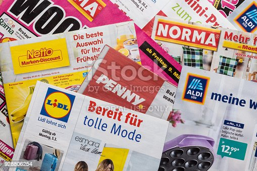 istock Leaflets and flyers of German discount market chains 928806254