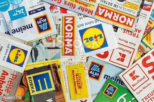 istock Leaflets and flyers of German supermarket chains 1035571176
