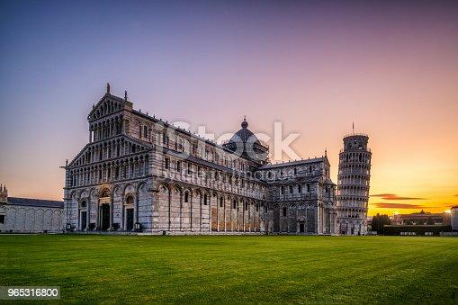 Leaning Tower Of Pisa In Pisa Italy - zdjęcia stockowe i więcej obrazów Architektura
