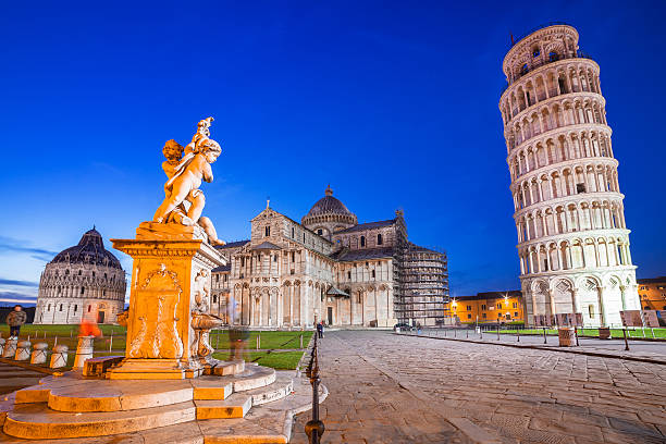Leaning Tower of Pisa Pisa, Italy. Catherdral and the Leaning Tower of Pisa at Piazza dei Miracoli. pisa stock pictures, royalty-free photos & images