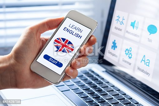 istock Learn English language online concept, mobile phone, flag of UK 641429758