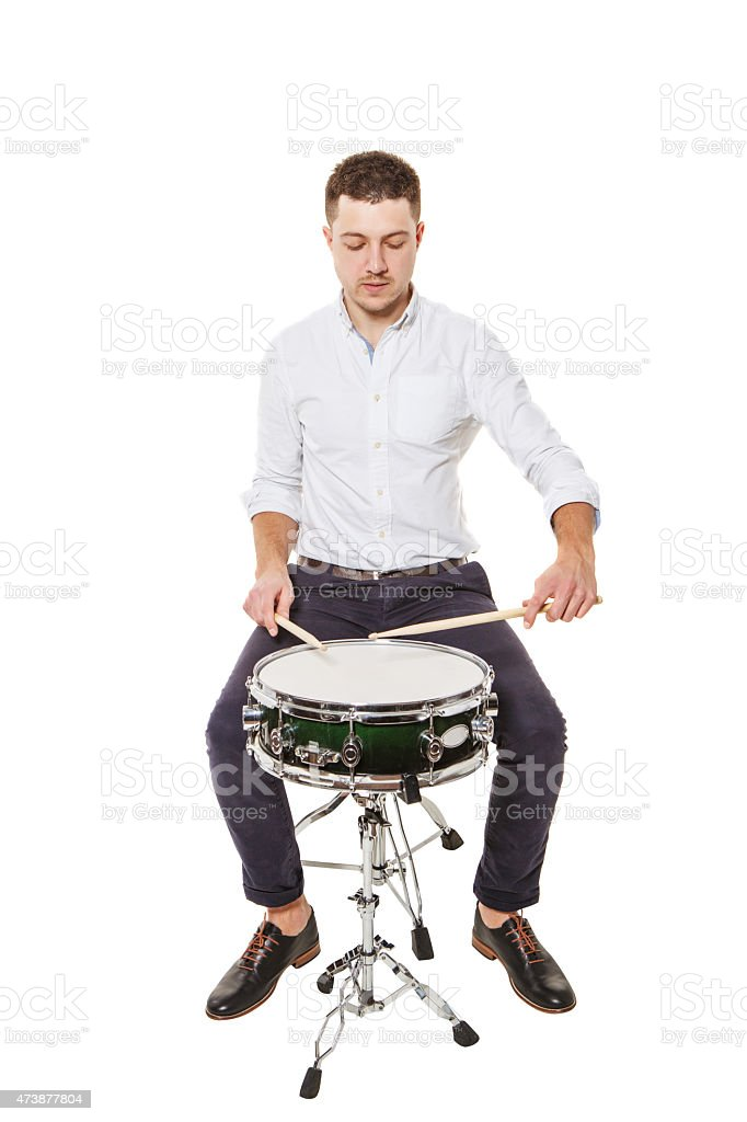 Aprenda a corretamente Jogue os tambores - foto de acervo