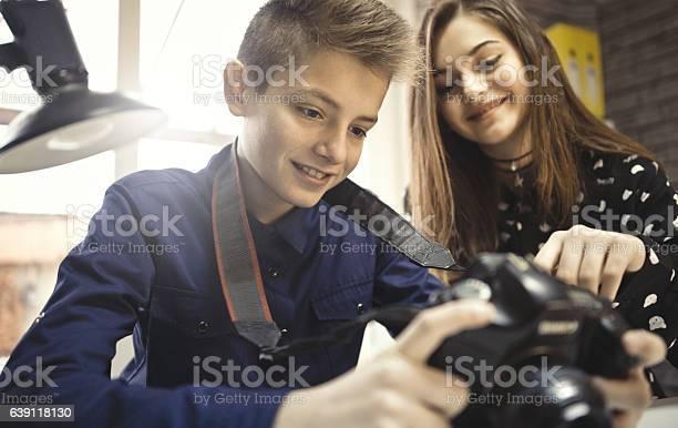 Learning photography picture id639118130?b=1&k=6&m=639118130&s=612x612&h=h9wgote6dgciqajw smvjn0 8biehj66e3l6qvdqg3m=