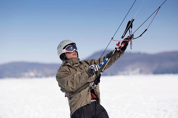 die grundlagen lernen - kitesurfen lernen stock-fotos und bilder