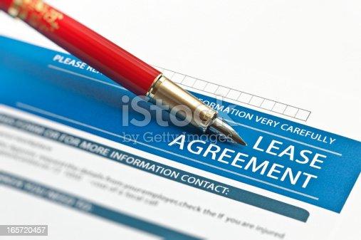 istock Lease Agreement 165720457
