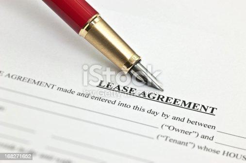 istock Lease Agreement 168271652