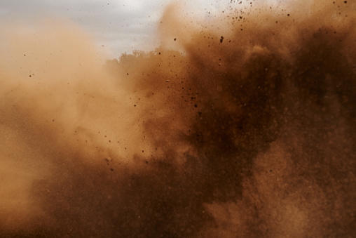 Shot of a dust cloud during a motocross competitionhttp://195.154.178.81/DATA/i_collage/pu/shoots/805116.jpg