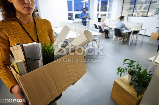 1181817161 istock photo Leaving office after dismissal 1129517433