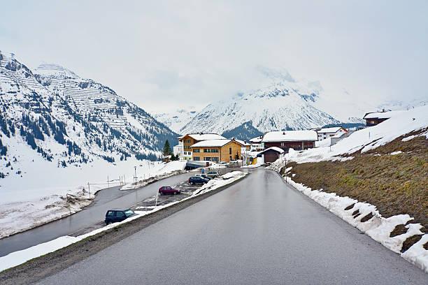 lech zurs ski resort – oberlech - arlberg hotel stock-fotos und bilder