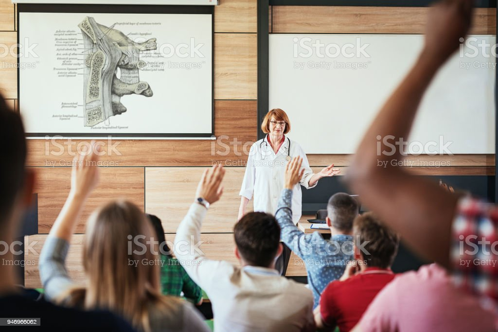 Lectures On Human Anatomy Stock Photo More Pictures Of 20 29 Years