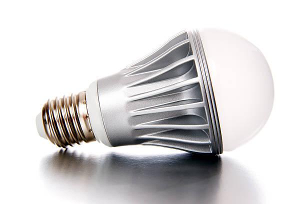 led glühbirne - glühbirne e27 stock-fotos und bilder