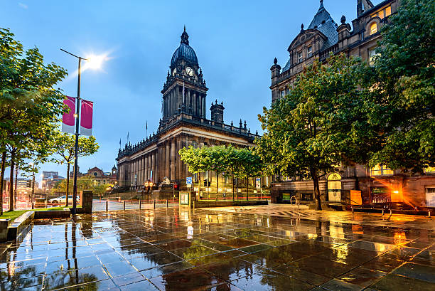 Leeds Town Hall, Leeds West Yorkshire,England Leeds Town Hall was built  on Park Lane (now The Headrow), Leeds, West Yorkshire, England. local government building stock pictures, royalty-free photos & images
