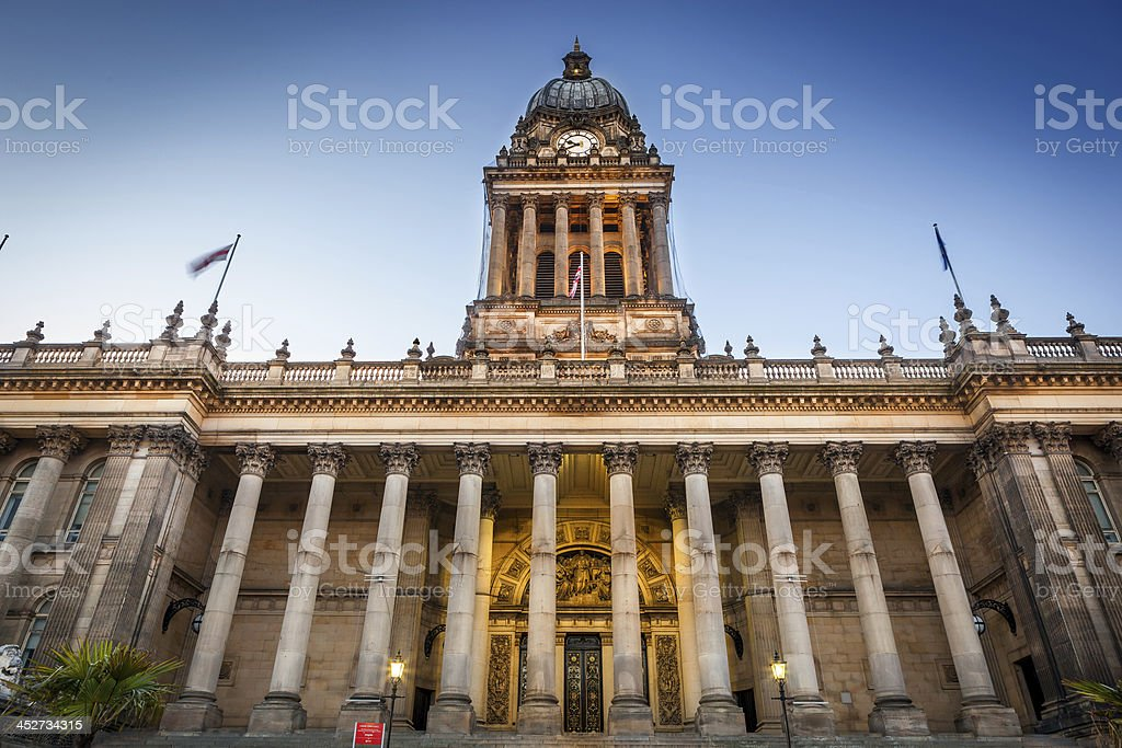 leeds townhall front view stock photo