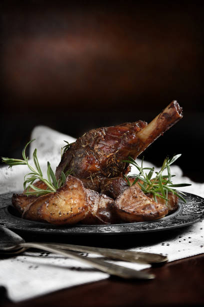 leg of lamb 2 - braised stock pictures, royalty-free photos & images