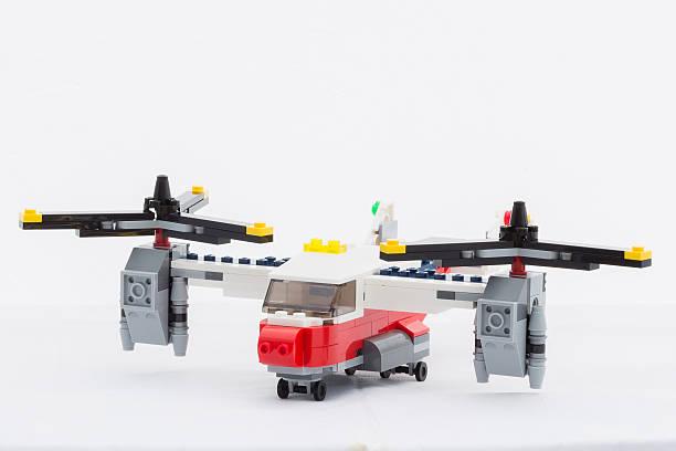 lego-flugzeug - lego flugzeug stock-fotos und bilder
