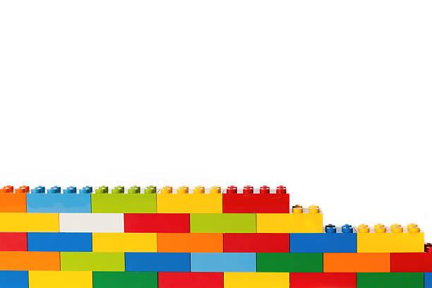 lego brick wall - lego stockfoto's en -beelden