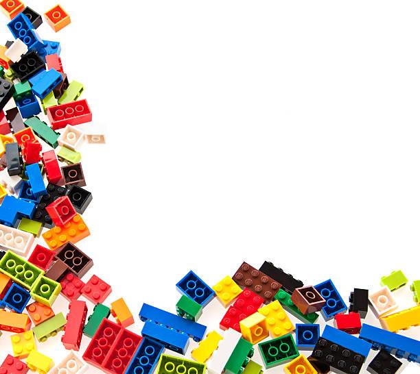 lego interlocking blocos e tijolos para construção - lego imagens e fotografias de stock